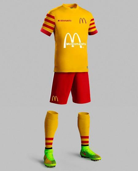 famous-brand-soccer-jerseys.6